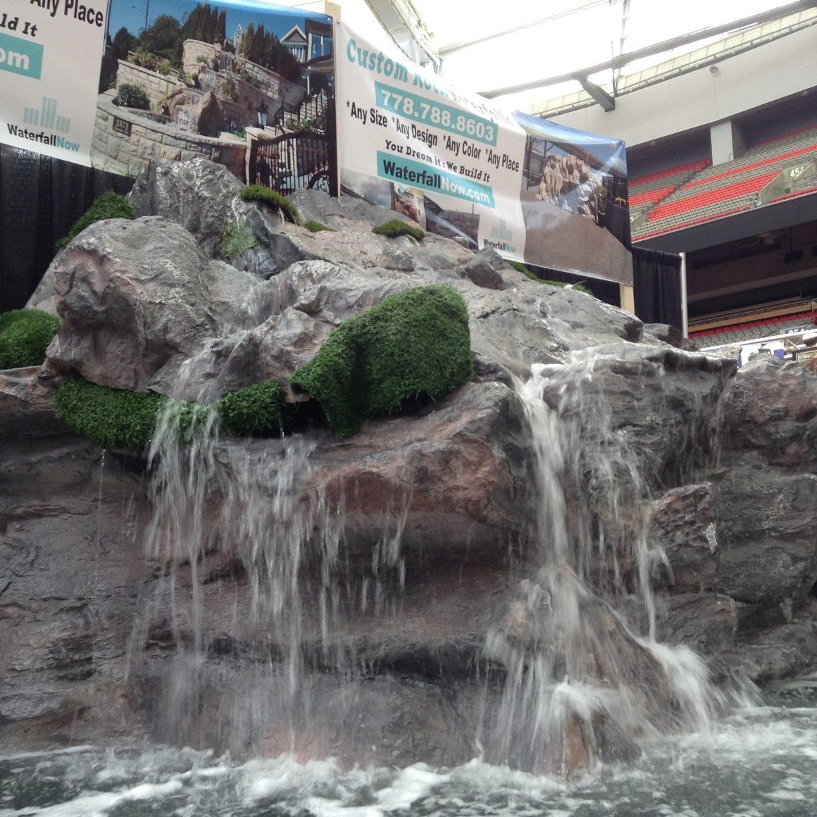 Custom Molded S White Waterfall 24 W 6 Lip Sheer Descent